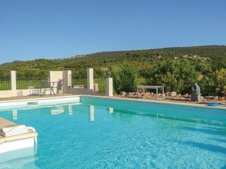 Beautiful home in Prades sur Vernazobre w/ Outdoor swimming pool, WiFi and Outdo