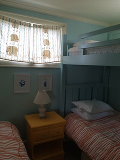 bedroom 2-bunk beds and twin