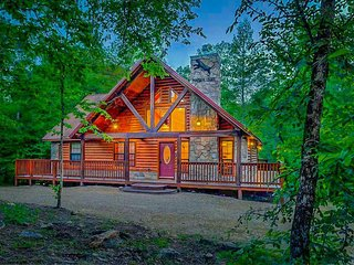 Panther Creek Lodge (2 Bdrm) (High Eco) (HOT TUB)