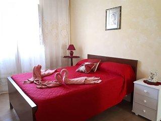 Imgarr Holiday Home Sleeps 2 with Pool and WiFi - 5790641