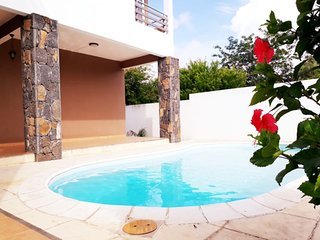 Twenty Foot Villa Luxuriously quite and designed  Pool villa 4r in Pereybere