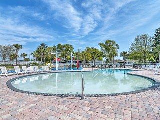 Surfside Beach Resort Home - 1 Block to Beach