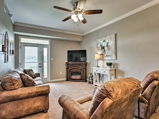 NEW! Sevierville Resort Condo w/ Balcony+Fireplace