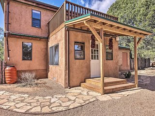 Peaceful Rowe Home w/ Pecos Natl Park Views!