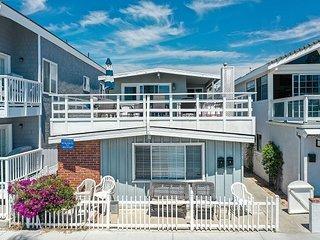 Spacious Oceanfront Lower Unit of a Duplex! Close to Balboa Pier!