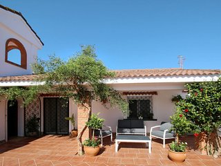 3 bedroom Villa with Air Con and WiFi - 5789536