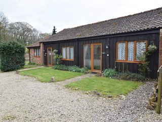 58806 Barn situated in Blandford Forum (9mls E)
