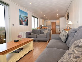 50287 Log Cabin situated in Conwy (3mls S)
