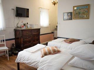 Tzefania Apartments 304