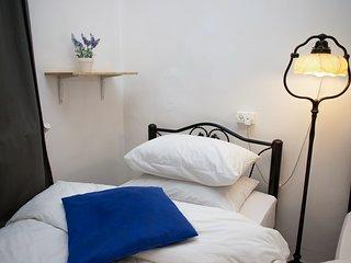 Tzefania Apartments 203