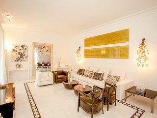 Cala Bassa Villa Sleeps 10 with Pool and Air Con - 5789081