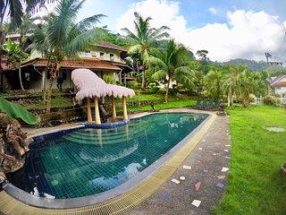 Huge Kathu Villa