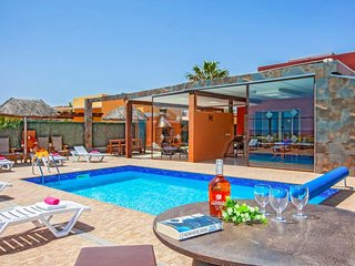 Urbanizacion Fuerteventura Golf Club Villa Sleeps 6 with Pool and WiFi - 5334795