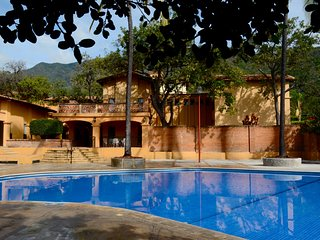 Escape to Paradise + Outdoor Swimming Pool | Villa Suite in Ajijic