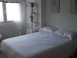 Kostanalu rooms. 1ªHabitación-1 cama doble,baño compartido.
