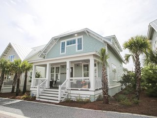 Prominence on 30A ☀ BAREFOOT BUNGALOW ☀SLEEPS 12
