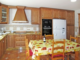 Foyes Blanques Holiday Home Sleeps 6 with Pool and WiFi - 5789611