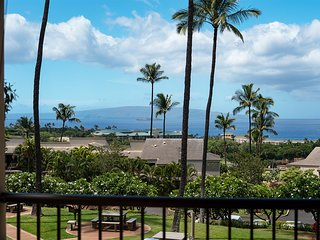 Sweeping Ocean Views, Private, Upscale Tropical Wailea 2-Story