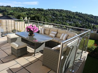 3 bed detached house GREAT VIEWS over Nailsworth
