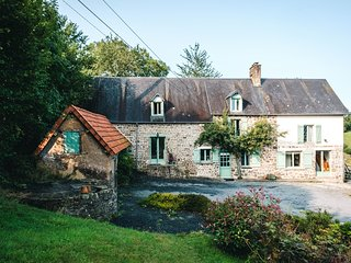 Juno Room-La Thiaumerie, Farmhouse B&B.