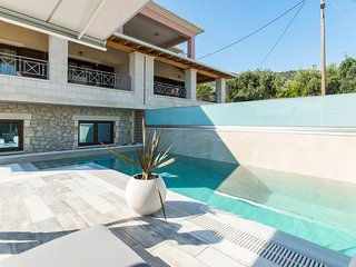 3 bedroom Villa with Pool, Air Con and WiFi - 5789818