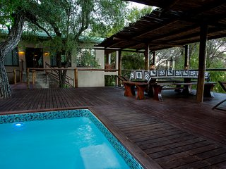 Ximongwe River Camp - HIPPO Cottage