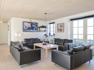 Amazing home in Ulfborg w/ WiFi and 5 Bedrooms
