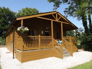 Stowford Lodge Holiday Cottages and Log Cabin