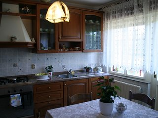 Rovinj Apartment Sleeps 5 with Air Con - 5811577