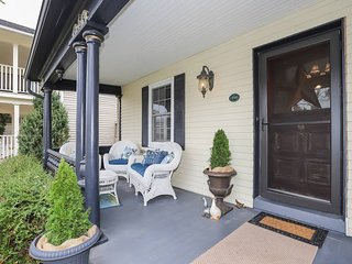 Meritage House - Excellent Location, King St. NOTL