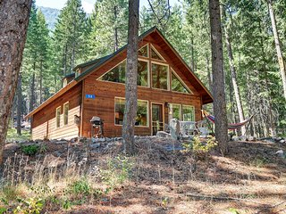 ★ Peaceful Forest Cabin near Mazama/Winthrop ★ Easy access to N. Cascades NP ★