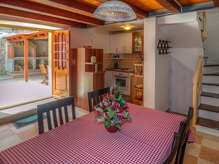 Holiday Home Mala Villa  - Two Bedroom Holiday Home