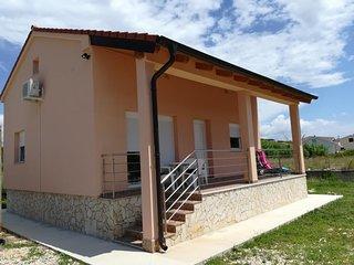 Two bedroom house Ljubač (Zadar) (K-16964)