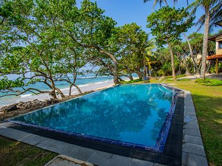 South Point Abbey 4 bedroom luxury beach villa - ideal for families
