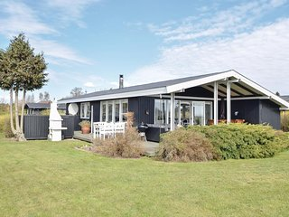 Stunning home in Juelsminde w/ WiFi and 4 Bedrooms