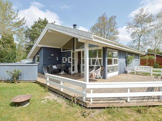 Nice home in Grevinge w/ WiFi and 3 Bedrooms