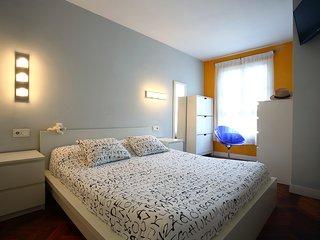 Precioso piso, totalmente exterior situado en pleno centro de Hondarribia.