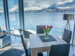 Aurora Fjord Cabins - Tranquil with Stunning Views and Good For Northern Lights