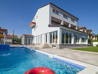 9 bedroom villa in Medulin