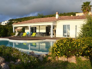 Villa Sole Rossu-vue mer 180°-piscine chauffée-charme