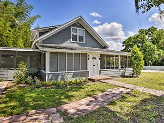 NEW! Winter Haven Family Home - Walk to 2 Lakes!