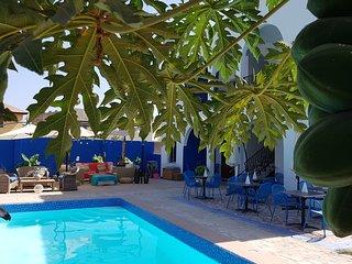 Camara Gardens Apartments with pool 3/4
