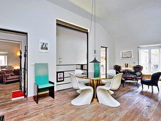 AC 2 Bedroom + 3 Bath Apartment - ********