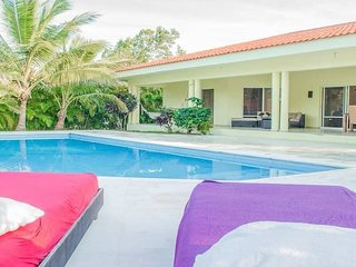 Private villa with pool in sosua for large groups