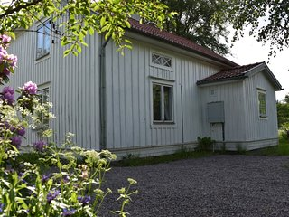 BODAFORS Savsjo Nassjo Sandsjofors Grimstorp contractor accommodation, sleeps 11