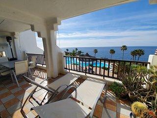 1 bedroom sea view 2 heated swimming pools-wifi.