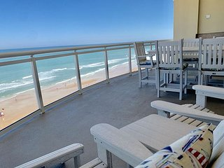 Oceanfront 3 Bedroom Penthouse in Luxurious Ocean Vistas OV #1108