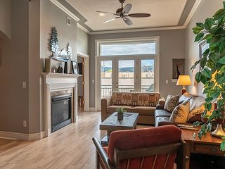 Durango's Best Historic Downtown Location - Luxury Appointed Condo