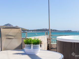 Tamarells 12 - Awesome apartment with jacuzzi and terrace overlooking the sea