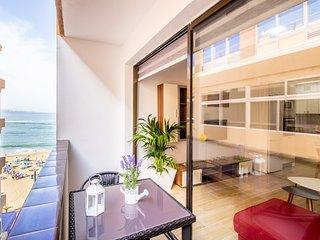 Sunny Beach apartment in Las Palmas city